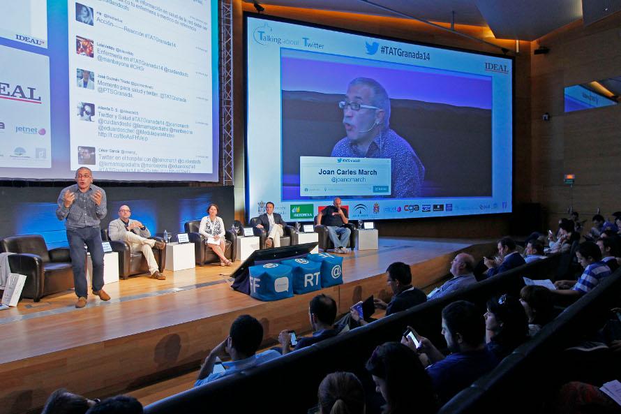 Joan Carles March, en su intervención sobre redes sociales y su importancia en sanidad.
